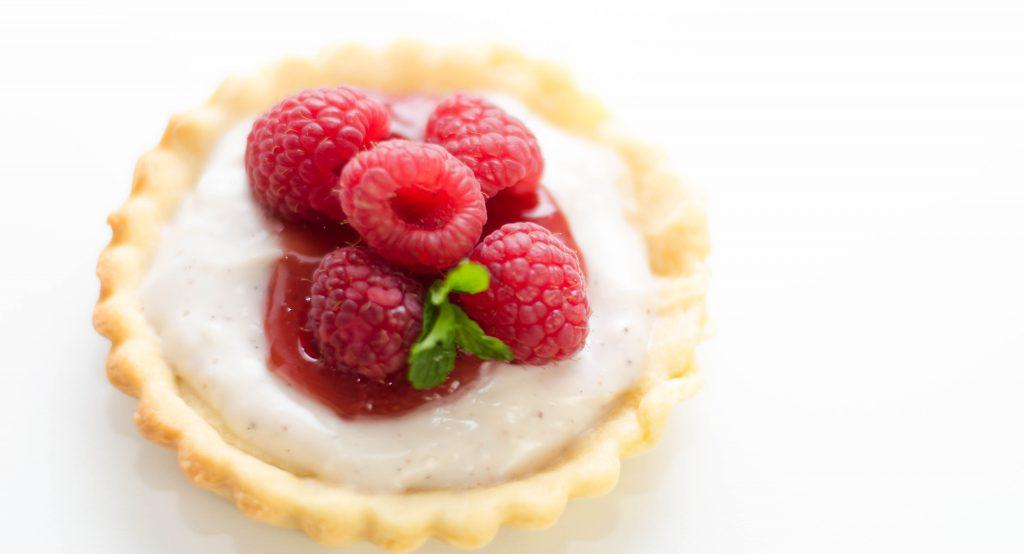 Himbeer-Pudding-Tartelettes